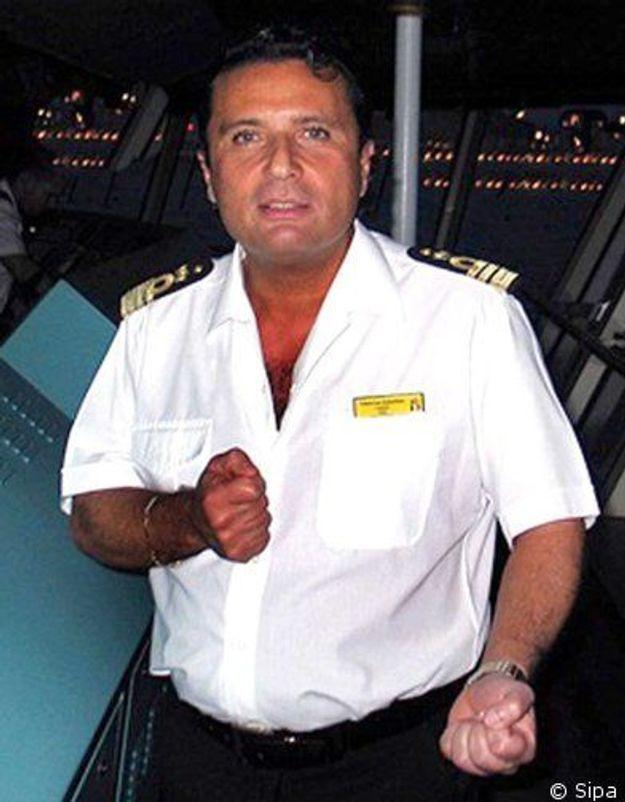 Concordia : face aux enquêteurs, le capitaine se défend