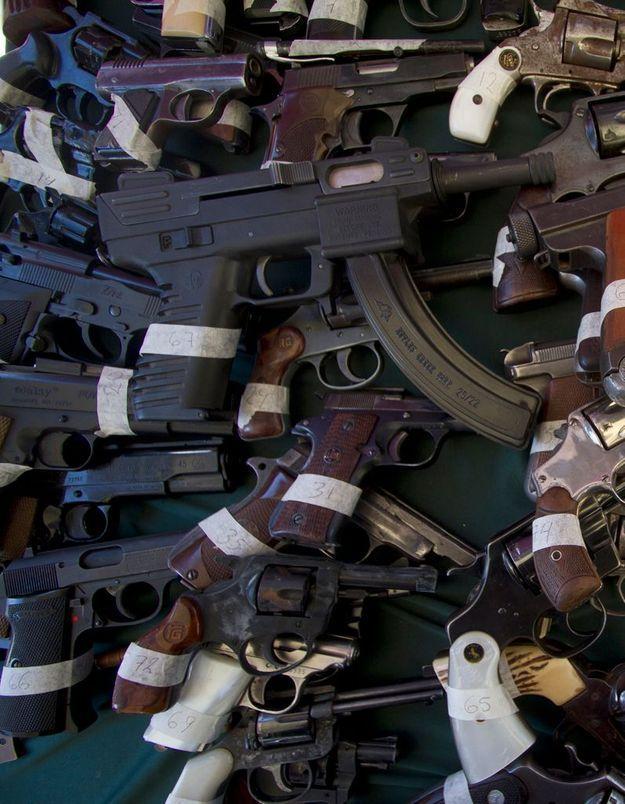 Contrôle des armes aux USA: le Sénat valide une nouvelle étape
