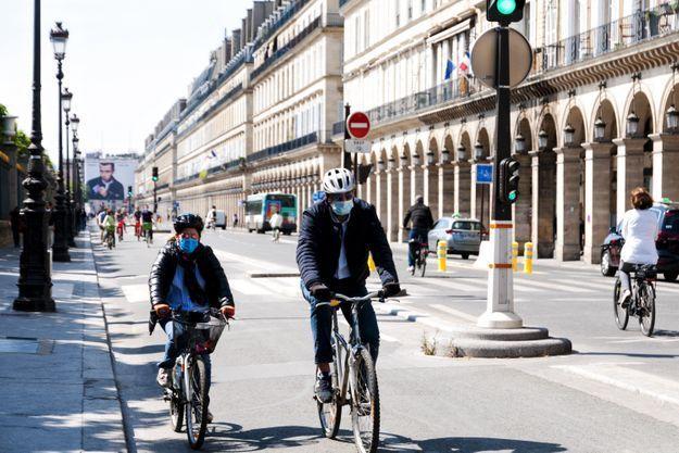 Covid-19 : tout ce qu'il faut savoir sur le port du masque obligatoire en région parisienne