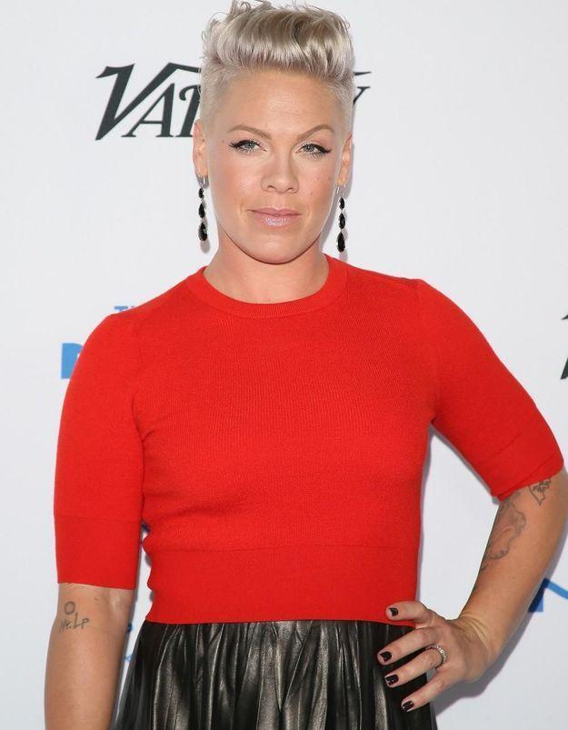 Découvrez pourquoi la chanteuse Pink a choqué des parents américains