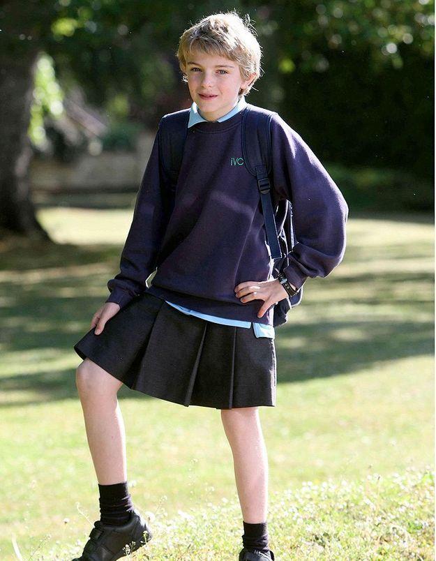 Des lycéens britanniques réinventent la journée de la jupe