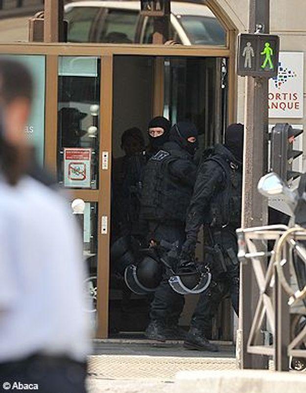 Deux adolescents braquent une banque à Paris !