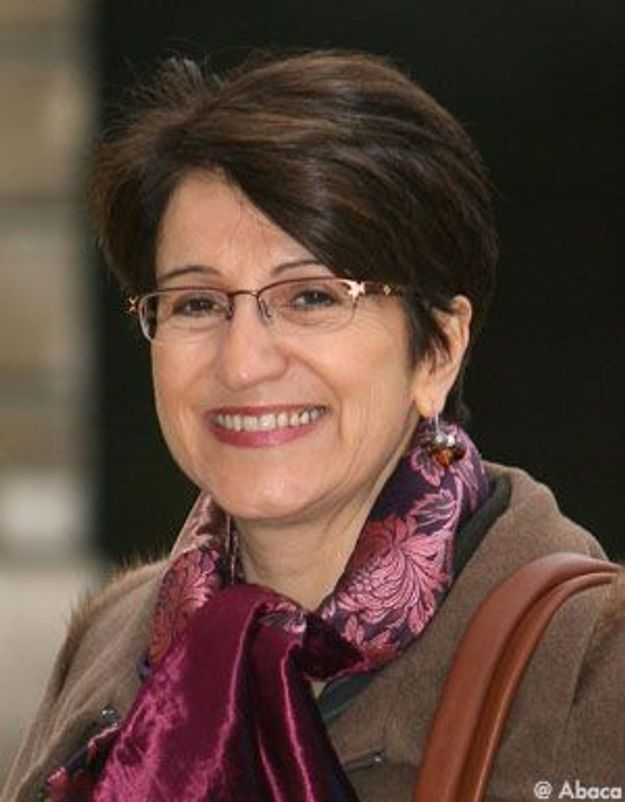 Dominique Versini, la défenseure des enfants, se bat pour son poste