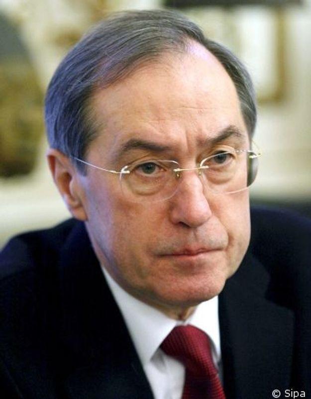 DSK : Claude Guéant « interloqué » par la théorie du complot