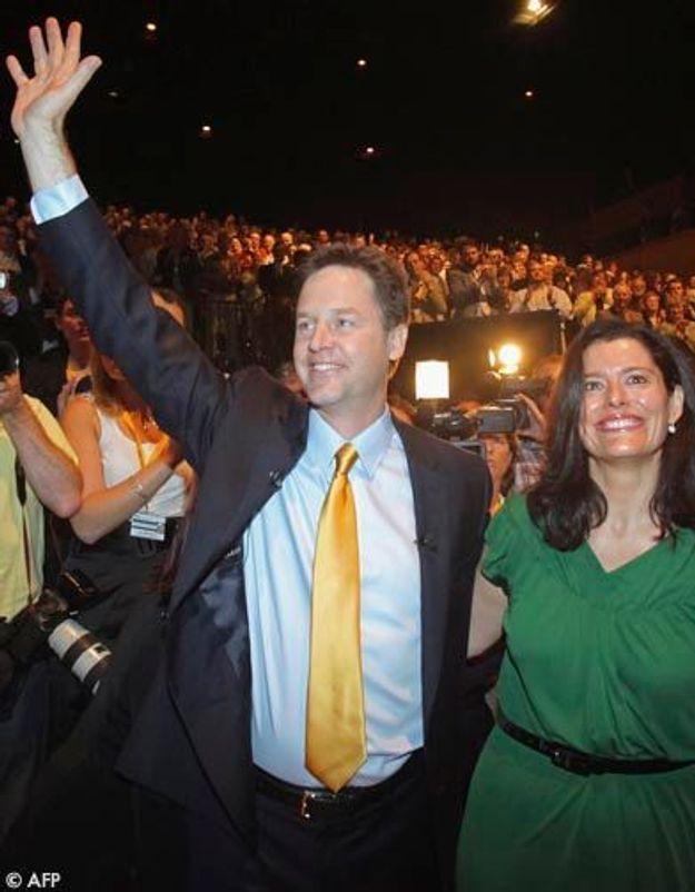Elections en Grande-Bretagne: Nick Clegg, l'élu de ces dames