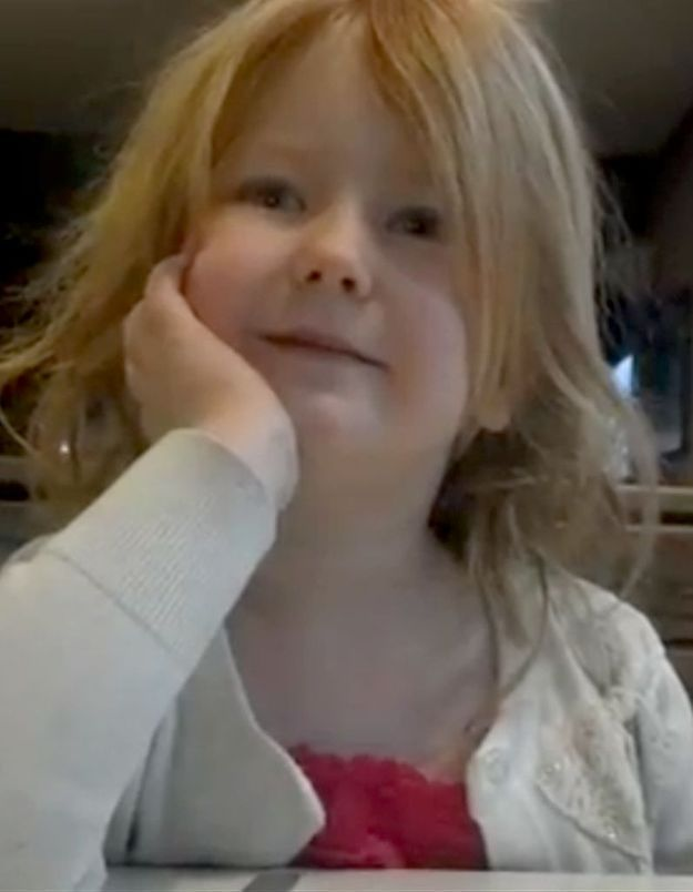 Élections US : la fillette en pleurs se réjouit de la victoire d'Obama