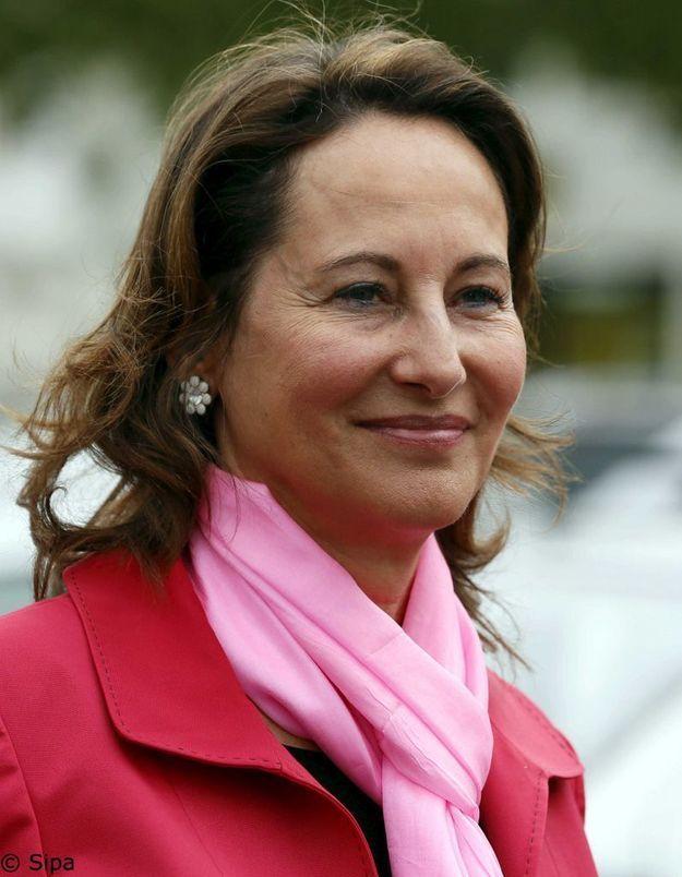 Embargo brisé par Royal : pas de poursuite contre les médias