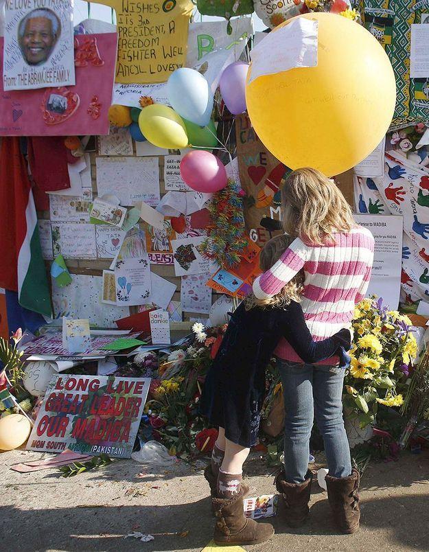 En direct de Pretoria : Mandela « notre héros »