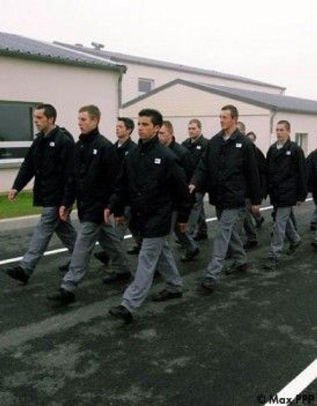 Encadrement militaire : 166 places pour les mineurs