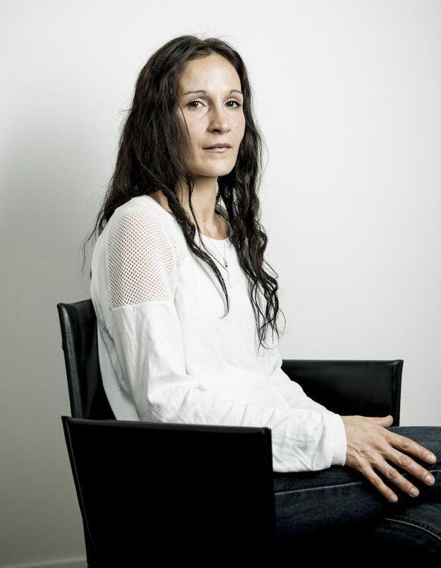Enceinte sans le savoir, elle accouche et étouffe son bébé : le procès de Laetitia Fabaron