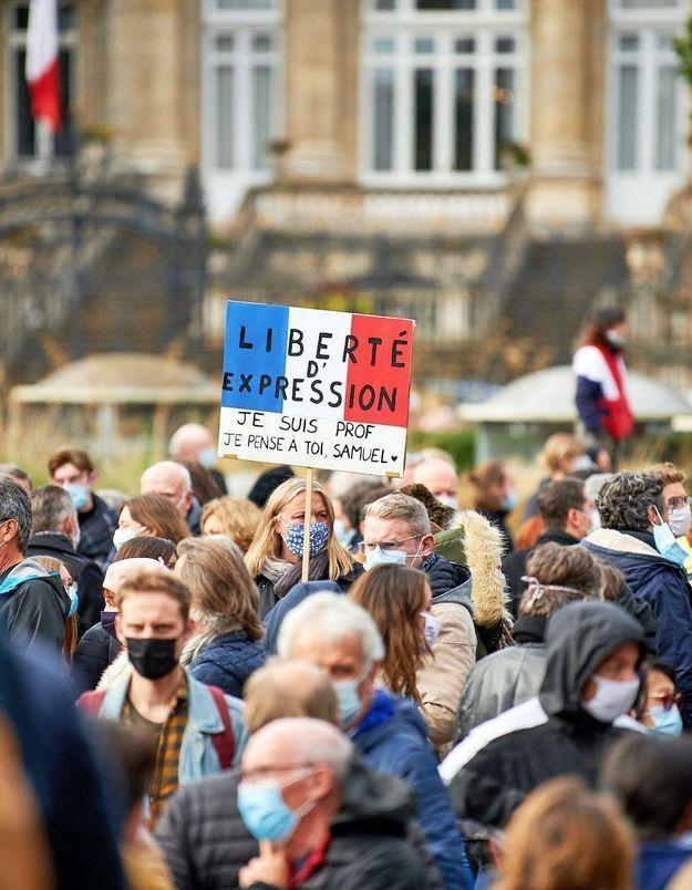 Enseignement de la laïcité et de la liberté d'expression à l'école, les profs sont-ils suffisamment formés et soutenus ?