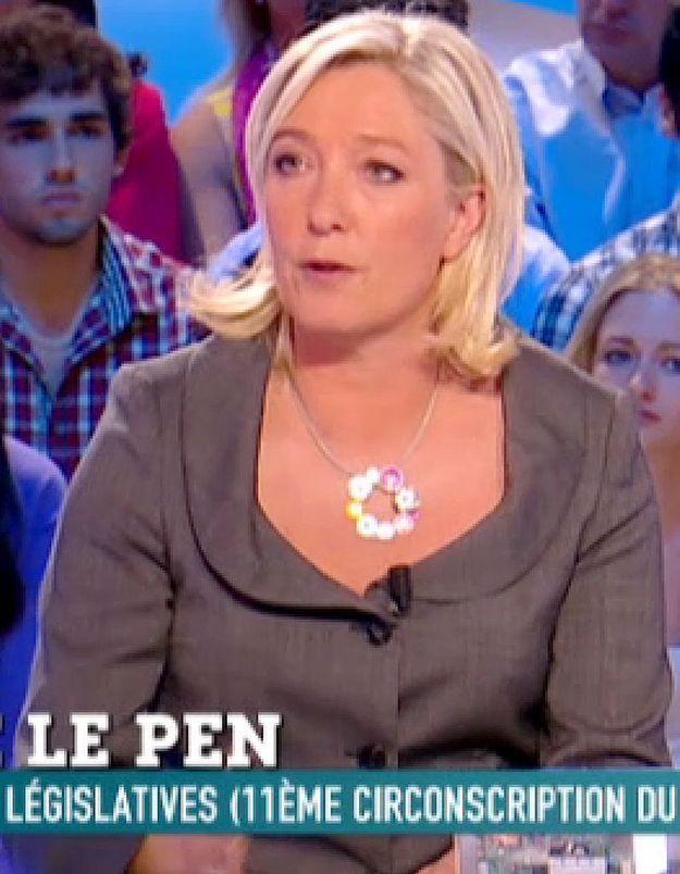 Faux tract sur Mélenchon : Marine Le Pen « assume »