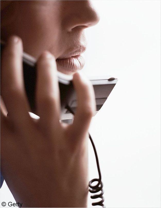 Femmes en danger : les téléphones d'urgence partout en France