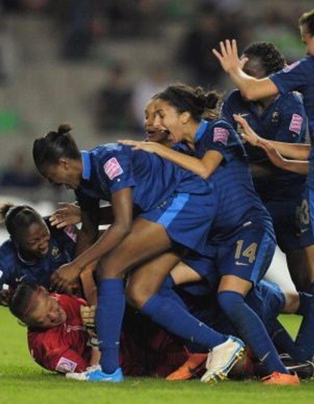 """Football féminin : les """"Bleuettes"""" championnes du monde !"""