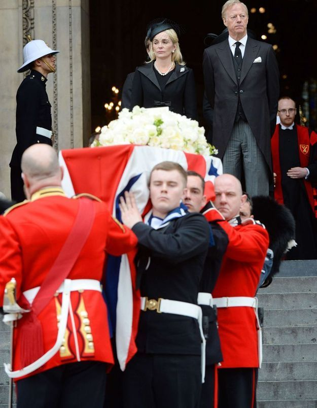 Funérailles de Margaret Thatcher : hommages et critiques