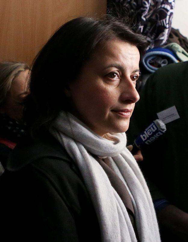 Incendies meurtriers : Cécile Duflot se dit « bouleversée »