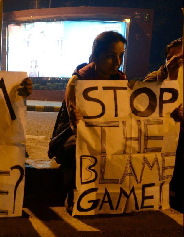 Inde : la police verbalise les femmes qui sortent seules la nuit