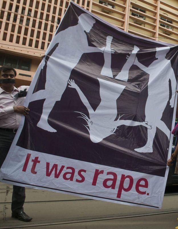 Inde : une femme violée par quatre policiers ?