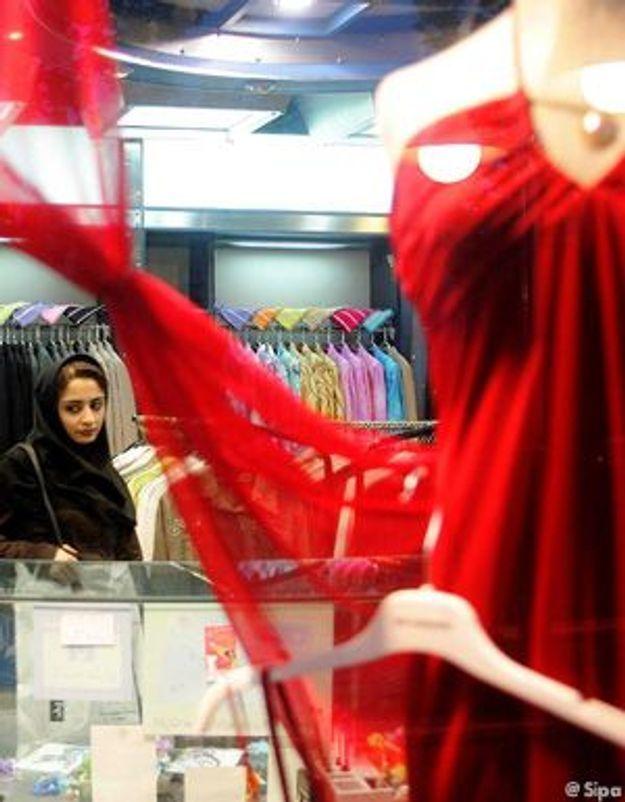 Iran : les mannequins en vitrine doivent être voilés