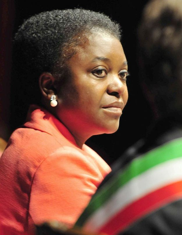 Italie : la ministre noire Cécile Kyenge traitée de singe