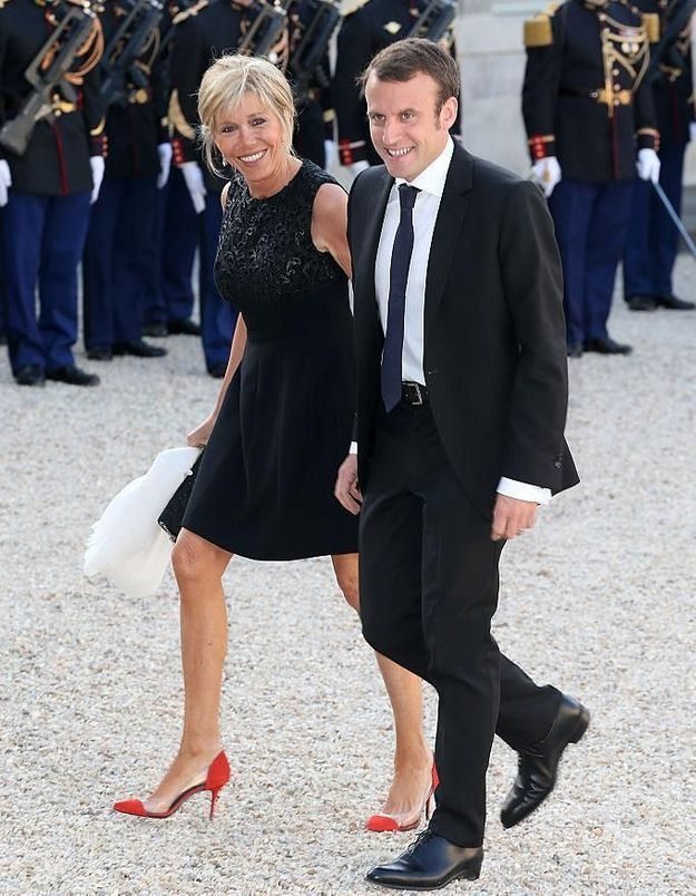 """L'âge de Brigitte Macron, on va en """"rire"""" encore longtemps ?"""