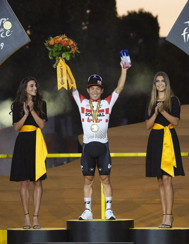 Le Tour de France met fin aux hôtesses sur les podiums