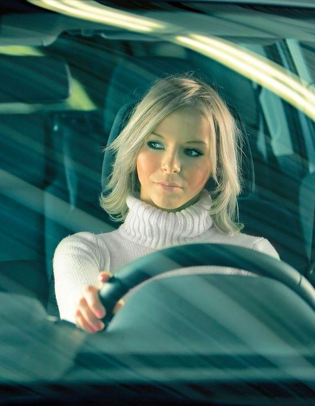 Les femmes moins dangereuses que les hommes au volant