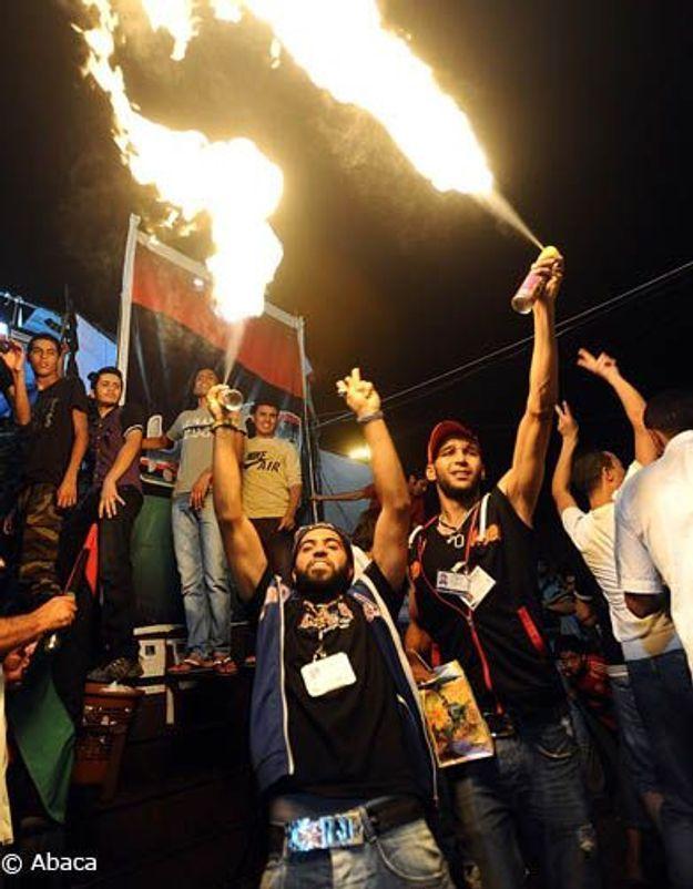 Libye : le régime de Kadhafi au bord de l'effondrement