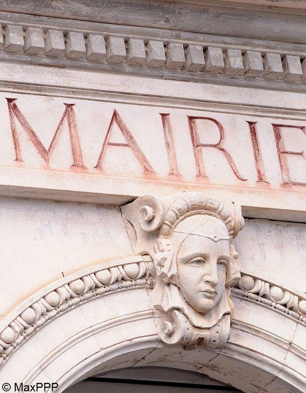 Mariage : un couple trouve portes closes à la mairie