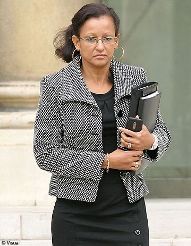 Marie-Luce Penchard : le PS demande sa démission