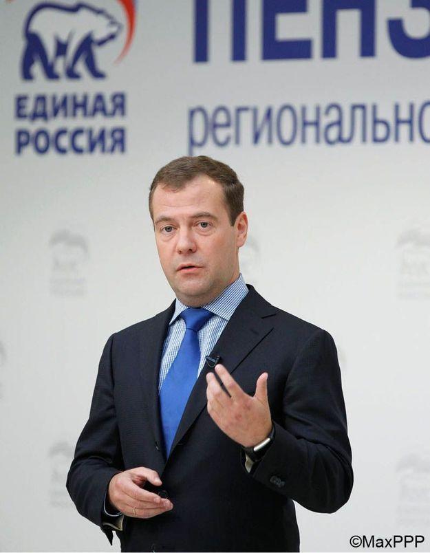 Medvedev appelle à la libération des « Pussy Riot »