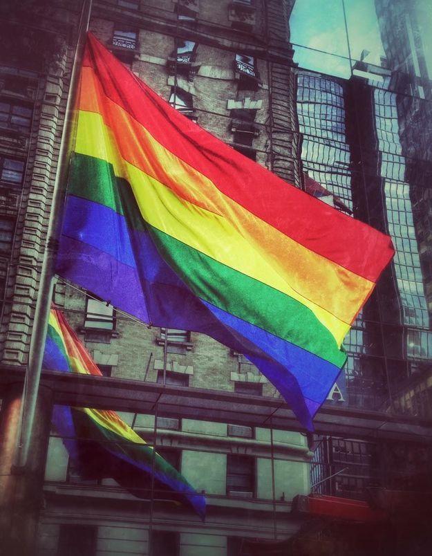 Menacée en raison de son homosexualité, Elita pourra rester en France