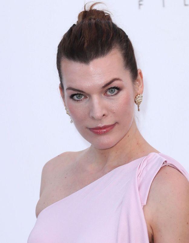 Milla Jovovich raconte son avortement pour dénoncer les lois anti-IVG