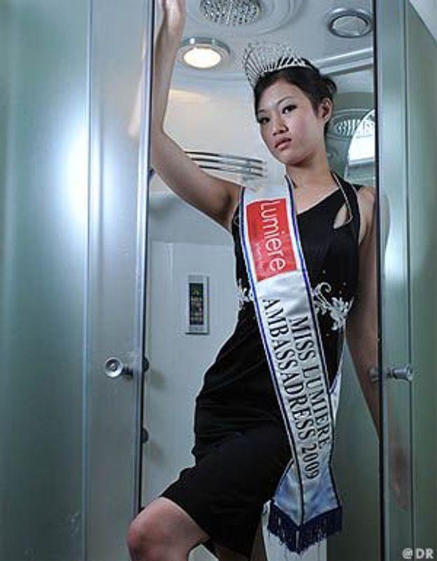 Miss Singapour 2009 détrônée à cause de son passé sulfureux