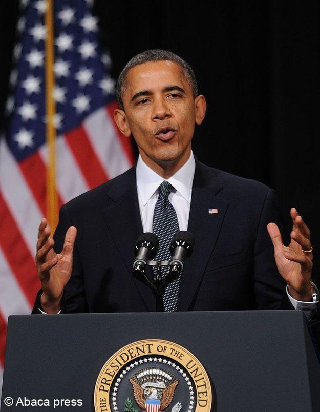 Newtown : Obama veut interdire les armes d'assaut