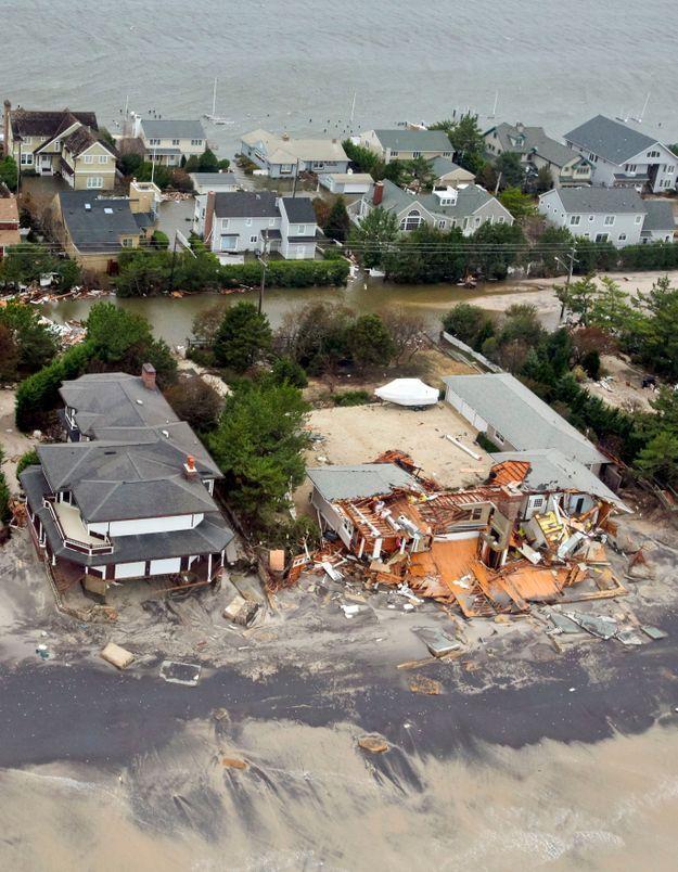 Ouragan Sandy : la campagne présidentielle reprend ses droits