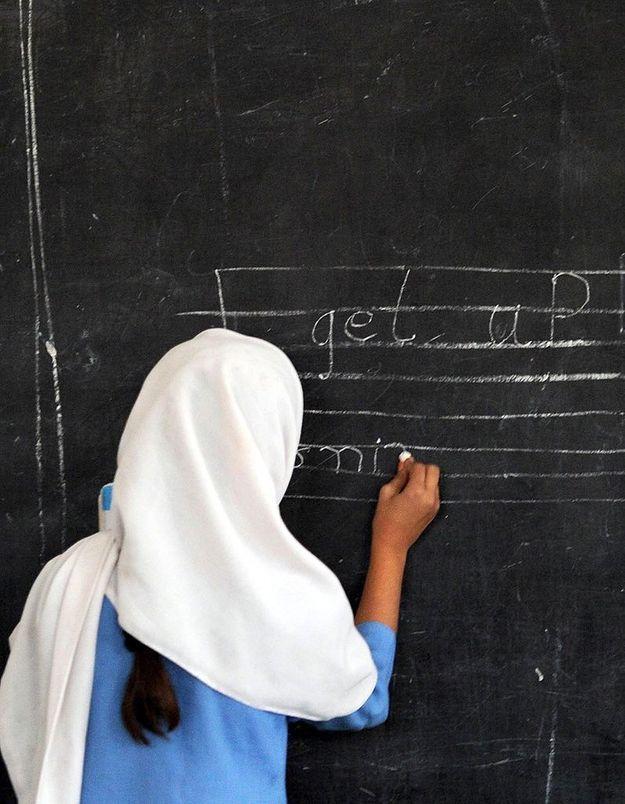 Pakistan : une enseignante d'une école pour filles assassinée