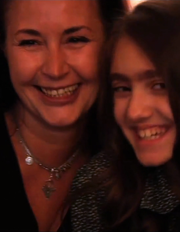 « Paroles de femmes » : Emmanuelle Béart et sa sœur dans un film contre la précarité