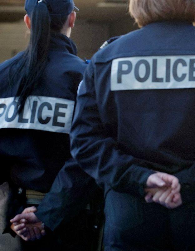 Policière brûlée au visage : deux mineurs interpellés
