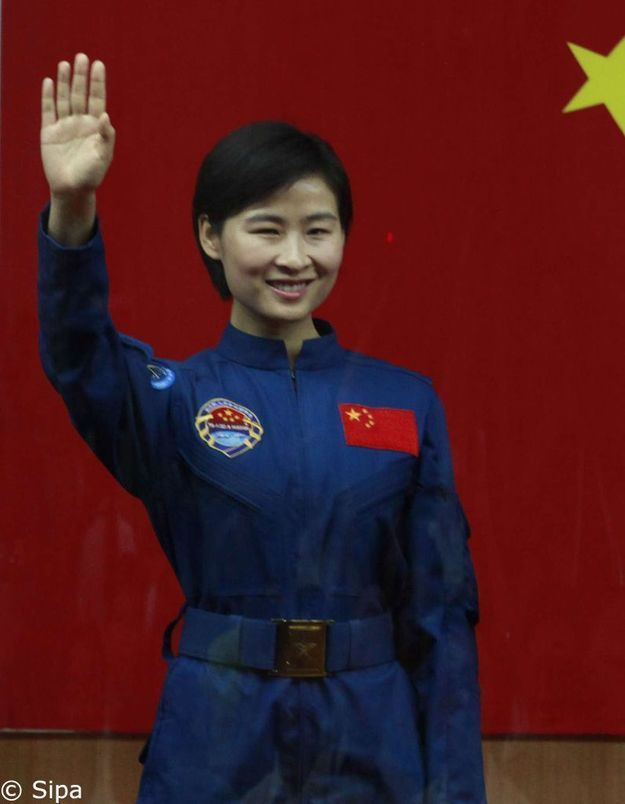 Pour la 1ère fois, la Chine envoie une femme dans l'espace