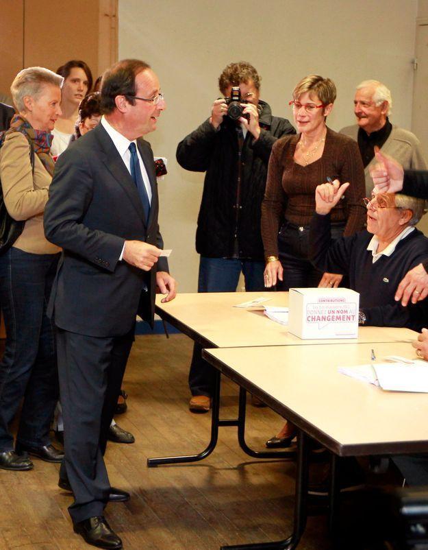 Primaire socialiste : François Hollande en tête (résultats partiels)