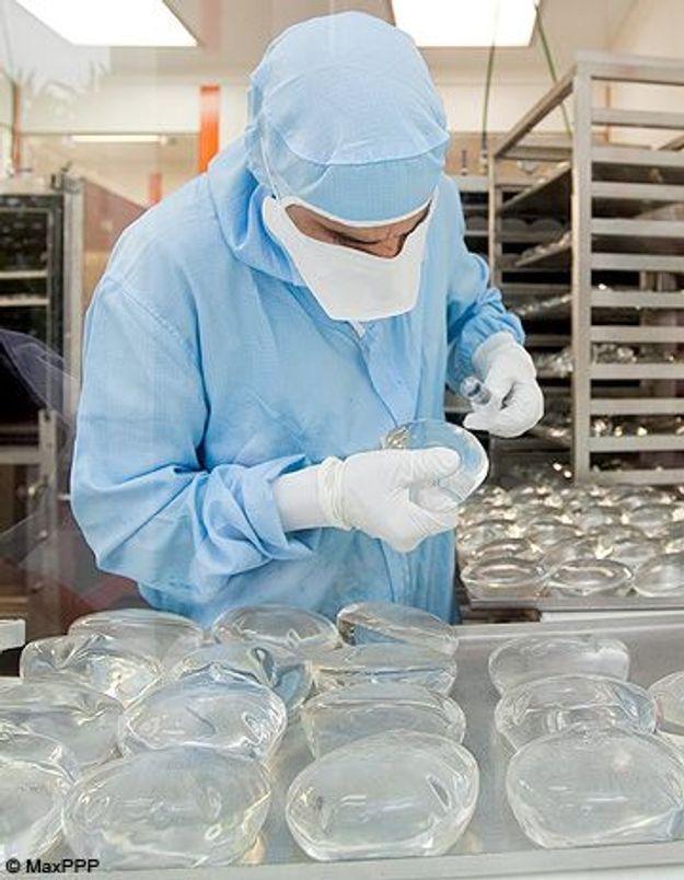 Prothèses PIP: des victimes veulent attaquer des chirurgiens