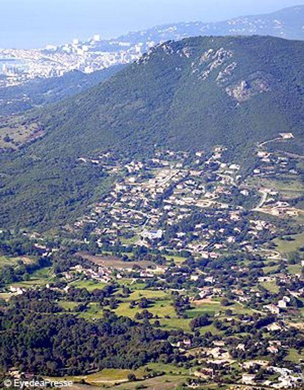 Quadruple homicide en Corse : un ado « heureux et très aimé »