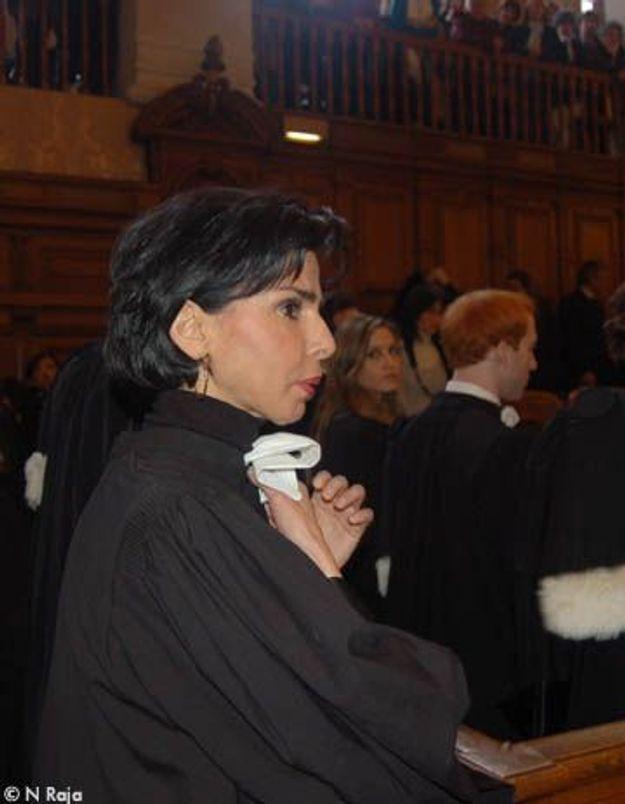 Rachida Dati prête serment… et esquive les journalistes