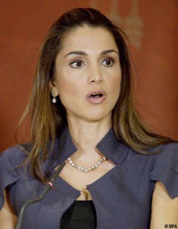 Rania de Jordanie fait un don de sang pour les Palestiniens