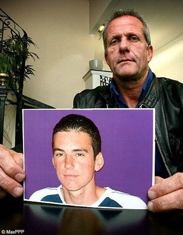 Roaccutane : trois labos assignés après le suicide d'un ado