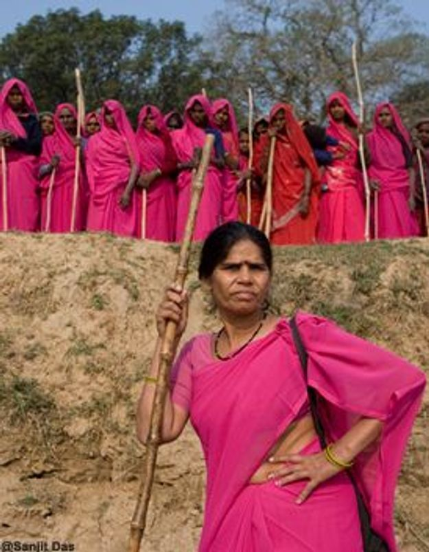 Sampat Pal Devi, chef de gang, elle se bat pour les Indiennes