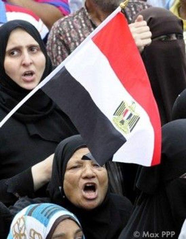 Tests de virginité : un médecin de l'armée égyptienne relaxé