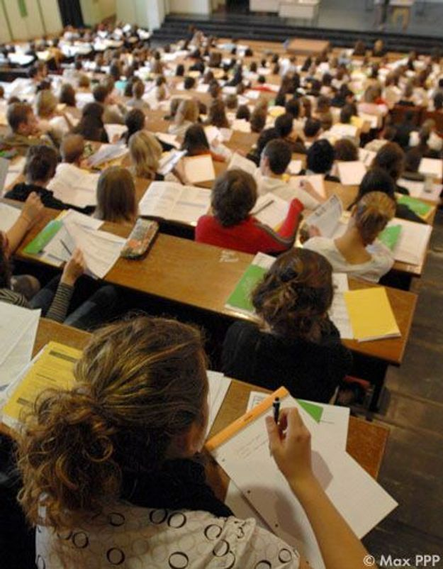 Trafic de notes : une étudiante risque la prison