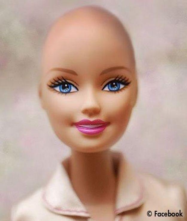 Une Barbie chauve pour les fillettes atteintes de cancer ?